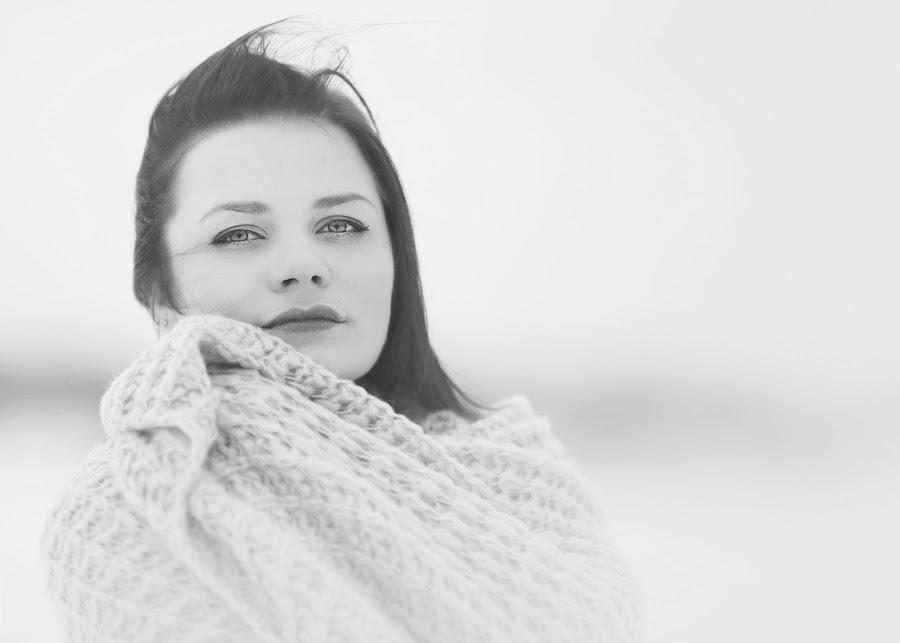 Winter black&white by Skaiste Sky - Black & White Portraits & People ( b&w, woman, portrait, person )