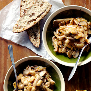 White Bean & Mushroom Stew with Thyme