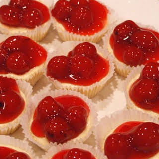 Mini- Cherry Cheesecake Bites.