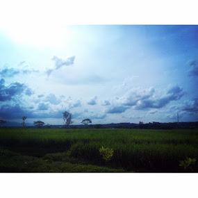 Cloudly by Christian Nugroho - Instagram & Mobile Android ( landscape, skylight, vacation, instaWonogiri, exploreWonogiri )