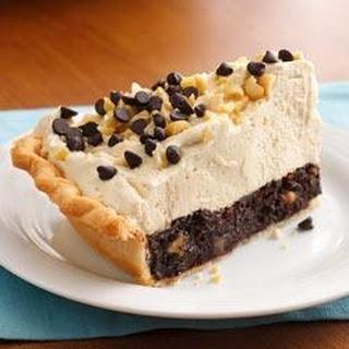Mile-High Peanut Butter-Brownie Pie