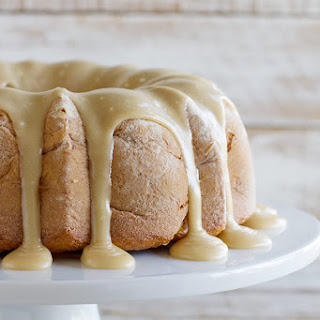 Caramel Apple Bundt Cake | Christmas Desserts Review