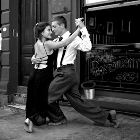 Tango on the Caminito by Venetia Featherstone-Witty - Black & White Portraits & People ( tngo, tango couple, style, tango dancers, black and white image, fine art, people, culture, couples )