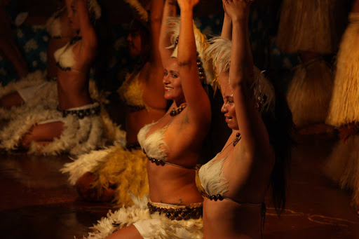 Traditional dance shows are offered throughout the week on Easter Island, giving visitors a taste of the music and dance of the area.