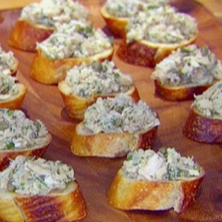 Tuna Caper Crostini Recipe