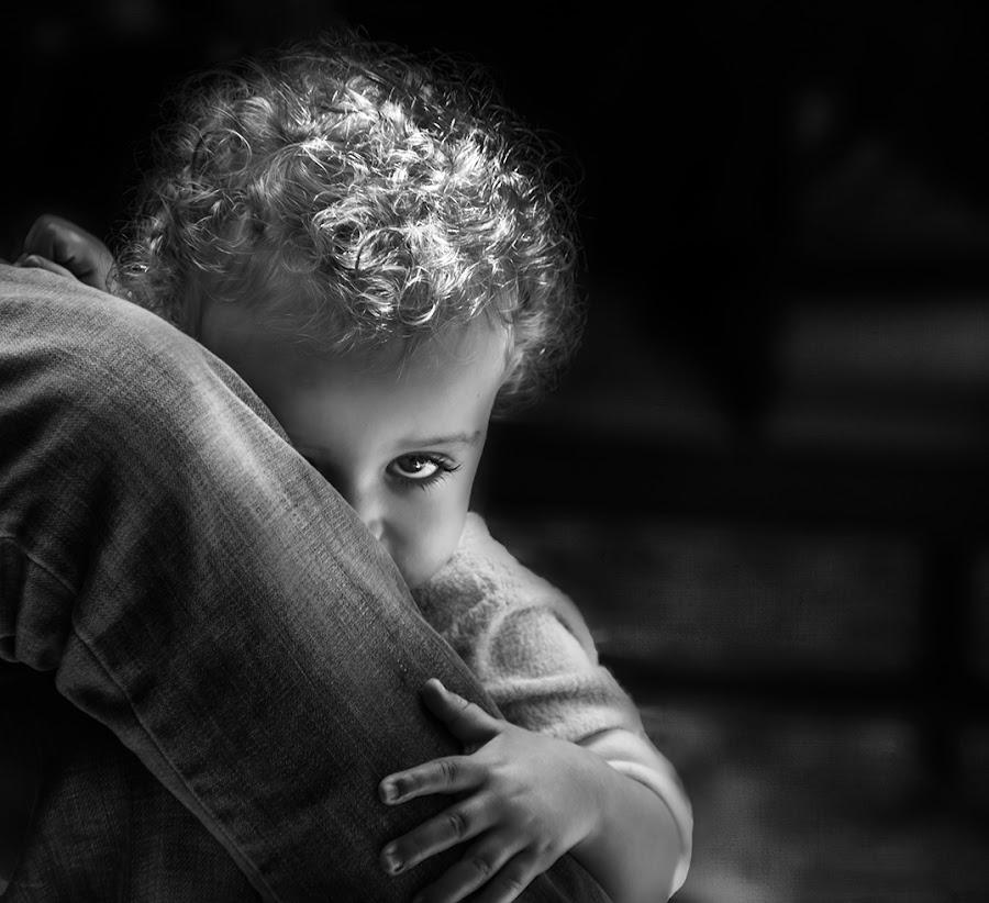 Shy by Gaby Halperin - Babies & Children Children Candids ( child, look, b&w, curls, shy, eye )
