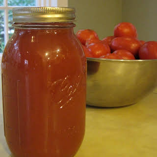 Homemade Bloody Mary Mix (Spicy Vegetable Tomato Juice).