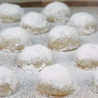 Walnut Butterball Cookies.