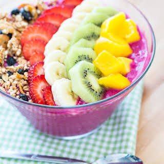 Dragon Fruit Smoothie Bowl.