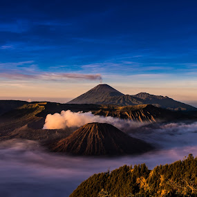 Bromo Mountain by Alexander Nainggolan - Landscapes Mountains & Hills ( mountain, wide angle, indonesia, morning, bromo, , relax, tranquil, relaxing, tranquility )