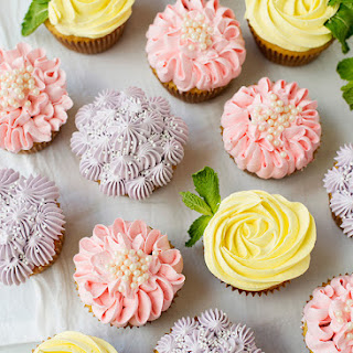 Flower Cupcakes [Roses, Zinnias, and Hydrangeas]