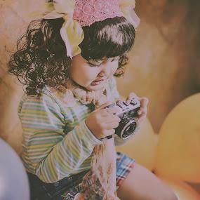 by Bandar Pak Ustad - Babies & Children Child Portraits