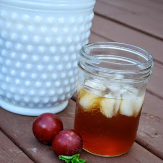 Plum and Mint Infused Sweet Tea