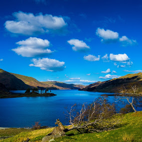 Haweswater lake district by Gareth Fleming - Landscapes Waterscapes