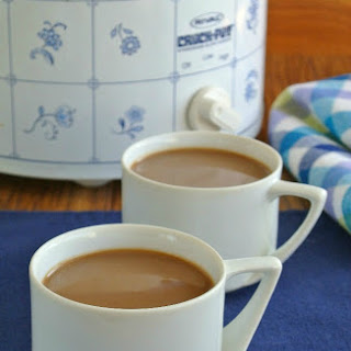 Slow Cooker Chocolate Irish Cream Coffee