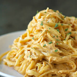 Crockpot Cheesy Buffalo Chicken Pasta.