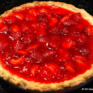 Easy Fresh Strawberry Pie Just Like Big Boy.