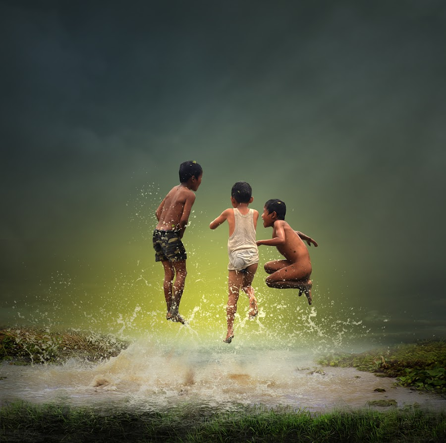 Jumping by Eli Supriyatno - Digital Art People