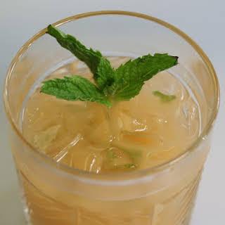 Grapefruit Mojito Cocktail.