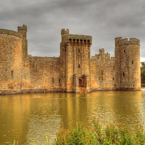 Bodium Castle by Martin Hughes - Buildings & Architecture Decaying & Abandoned