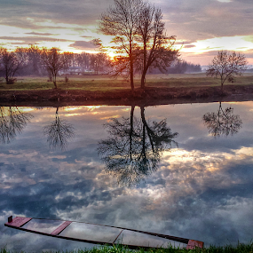 Early morning sun by Oliver Švob - Instagram & Mobile Android ( clouds, instagram, reflection, europe, unique, croatia, morning, boat, sun, hrvatska, sony, sony xperia, sky, morning sky, snapshot by malioli, sunrise, light, river, mobile, , color, colors, landscape, portrait, object, filter forge, Lighting, moods, mood lighting, creativity, lighting, art, artistic, purple, mood factory, lights, fun )