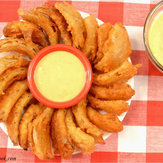 Bloomin Onion Bites with Comeback Sauce