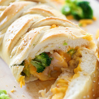 Cheesy Chicken and Broccoli Braid