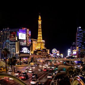 Las Vegas ... the city that never sleep by Tin Tin Abad - City,  Street & Park  Street Scenes ( facebook,  )