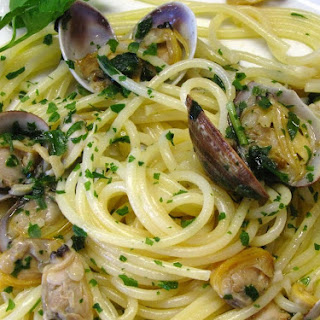 Spaghetti alle Vongole recipe by George Hirsch