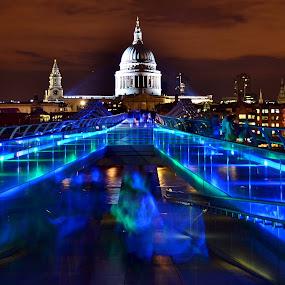 by Matt Hulland - City,  Street & Park  Night ( england, st pauls, london, millennium, night, cathedral, bridge )