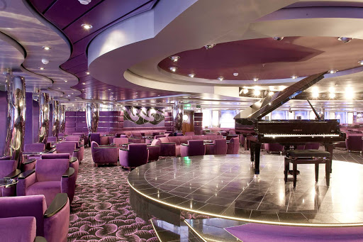 MSC-Magnifica-L'Ametista-Lounge - Sit back and listen to live piano music in L'Ametista Lounge throughout your sailing aboard MSC Magnifica.