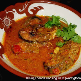 Sri Lankan Style Fish Curry ( With Tamarind & Coconut Milk).