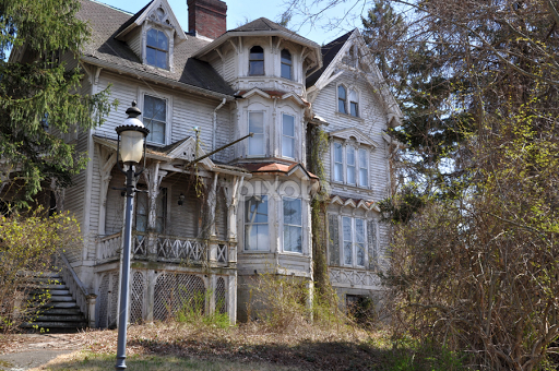 An old victorian house Decaying Abandoned Buildings
