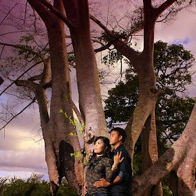 by Edo Amaramukti - Wedding Getting Ready ( tree, woman, couple, man )