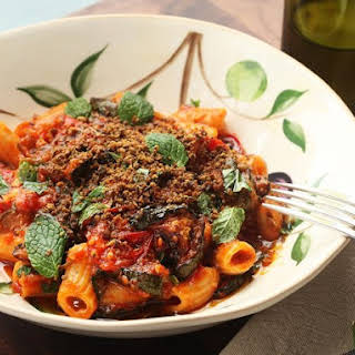 Zucchini and Roasted Tomatoes With Pasta and Dried Olive Flavor Shake.