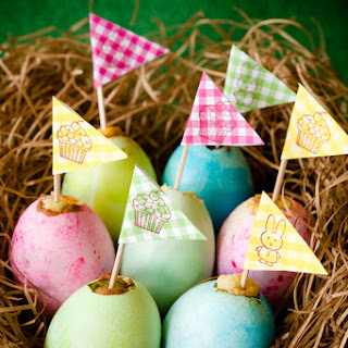 """Easter Egg Cupcakes with """"Yolk"""" Centers Recipe"""