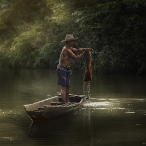 my job by Jakkree Thampitakkul - People Portraits of Men ( net fishing.country, sakonnakhon, thai, oldman )