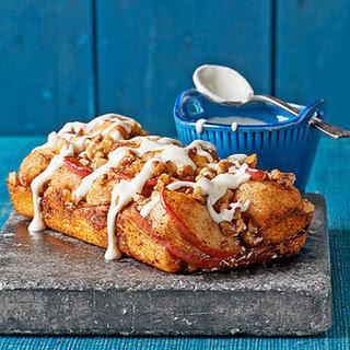 Apple-Cinnamon Pull-Apart Bread.