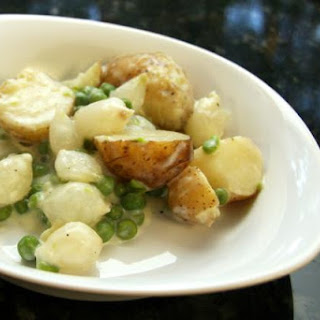 New Potatoes and Peas With Cream Sauce.