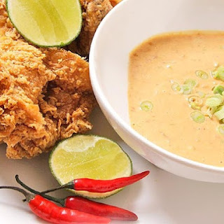 Spicy Peanut Dipping Sauce