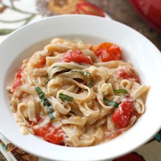 One Pot Pasta with Fresh Tomatoes and Basil.