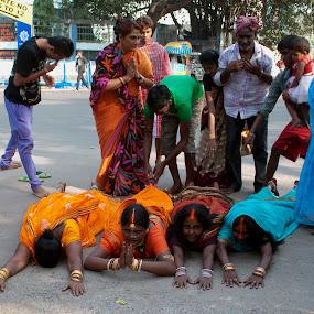 Pride n prejudice by Subhasis Ghosh - News & Events Entertainment ( religion, ritual, social, india, people, worship, culture, custom )