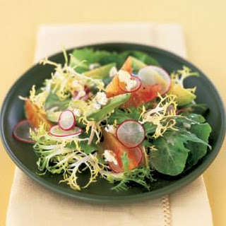 Mesclun Salad with Avocado, Radishes and Oranges