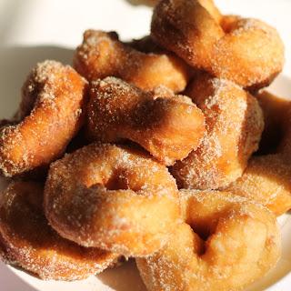 Moroccan Donuts (Sfinj).