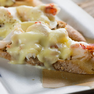 Lobster and Brie Grilled Cheese Sandwiches