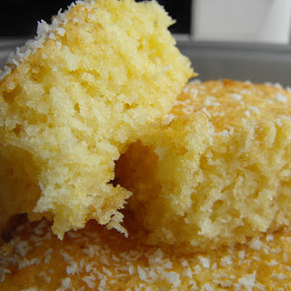 Small.... Smoooooth... Coconut Cake