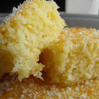 Small.... Smoooooth... Coconut Cake.