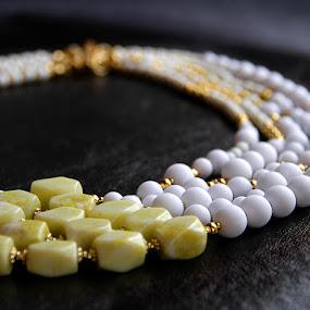 Pearl by Aleksandar Filipović - Artistic Objects Jewelry ( pearl, fashion, white, jewelry )