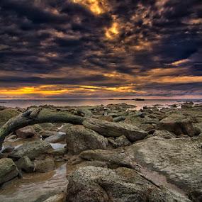 Behind the clouds by Eris Suhendra - Landscapes Sunsets & Sunrises ( clouds, waterscape, sunset, indonesia, travel, beach, kalimantan, nikon, landscape, borneo )