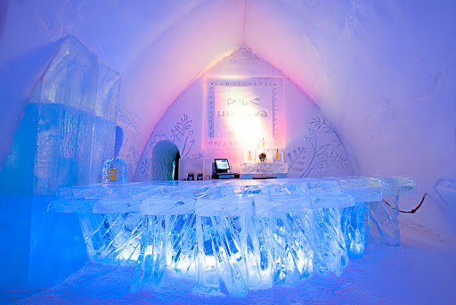 Hotel-de-Glace-Quebec-City - Cool! Hotel de Glace, or the Ice Hotel, in Quebec City.
